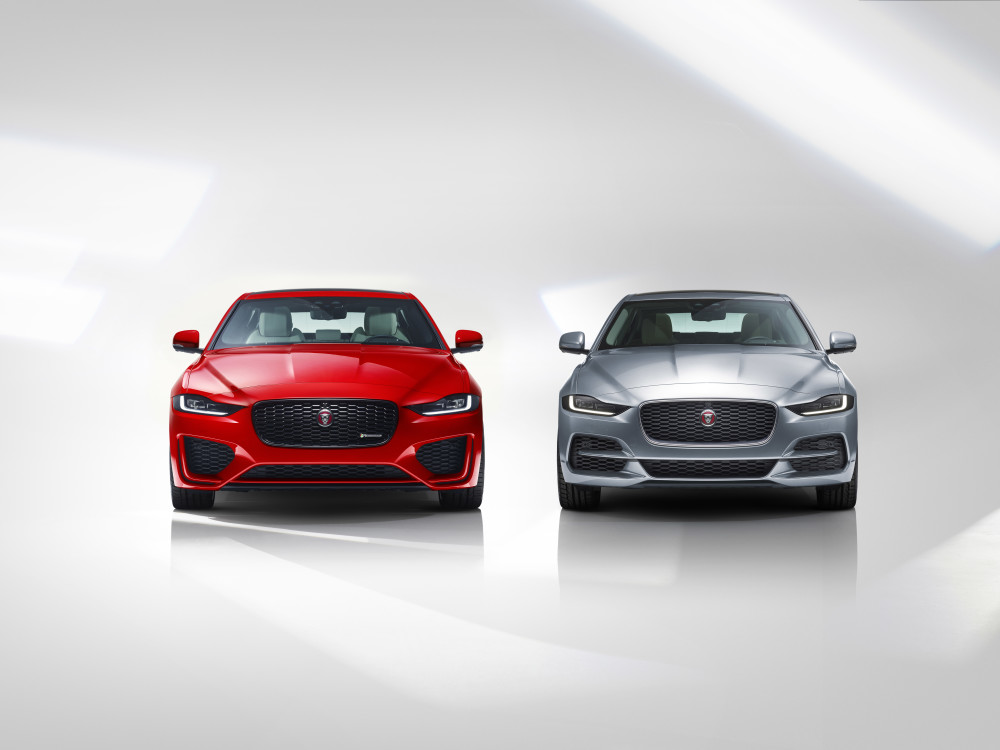 Jag_XE_20MY_Two_Cars_Front_260219_03