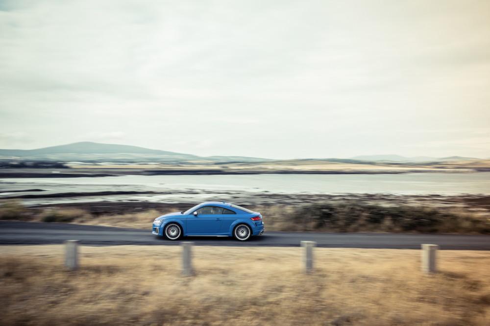 TTS Coupe 5 Colour: Turbo blue
